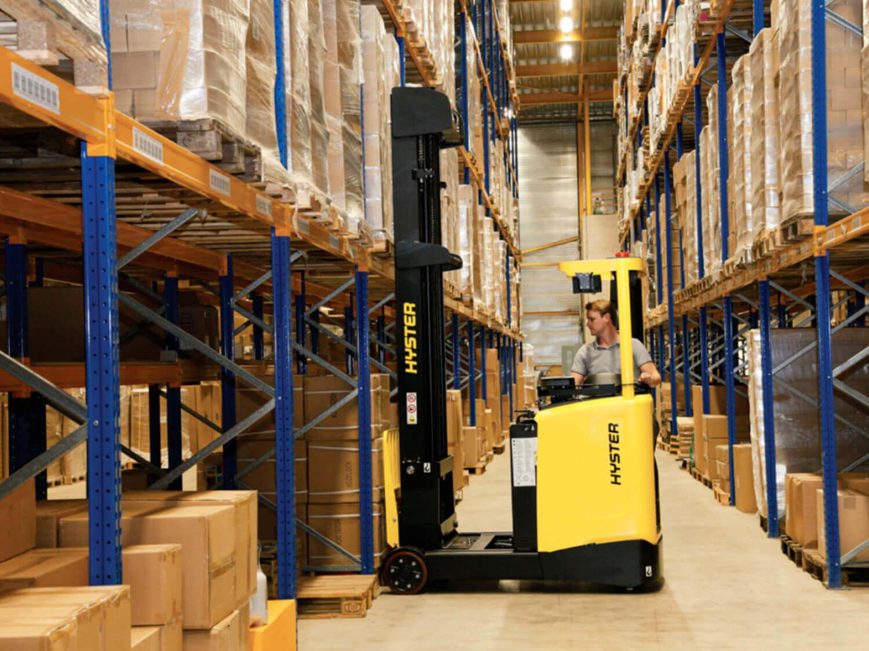 1.400-2.500 kg Schubmaststapler Hyster R1.4
